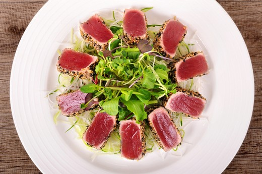Seared Ahi Summer Salad with Chèvre & Honey Crustinis